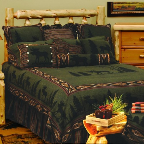 Pine Moose Deluxe Bed Set from The Cabin Shop!